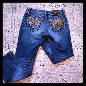 ✨Gently Used Ladies Miss Me Jeans 👖 ✨